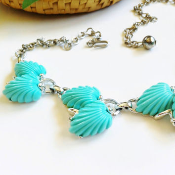 Turquoise Bead Choker Necklace, Aqua Blue Plastic Leaf Beads, Vintage Thermoset Jewelry, Faux Turquoise, Silver Chain