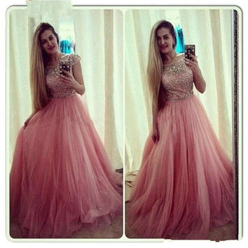 Vintage Formal Dresses Plus Size Prom Dresses Cheap A Line Short Sleeve Beaded Crystals Puffy Tulle Formal Evening Gowns