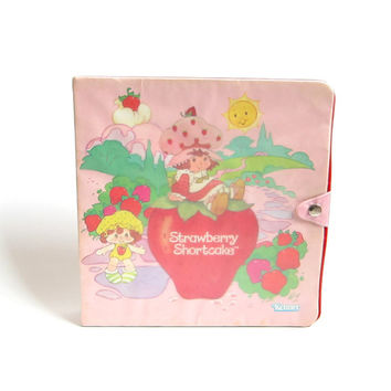 Strawberry Shortcake Storybook Play Case Vintage Miniature Storage & Display Book for Mini Figures