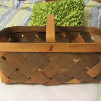 Special Unique Vintage Egg or Market Tri Colored Gathering Country Decor Basket