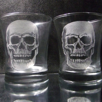 Glass Skull tumbler set of 2, hand engraved glassware set , spooky skull glass set , whiskey glasses