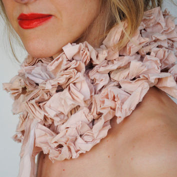 Ruffle collar/ Detachable collar/Tan/ Ruffled by marinaasta