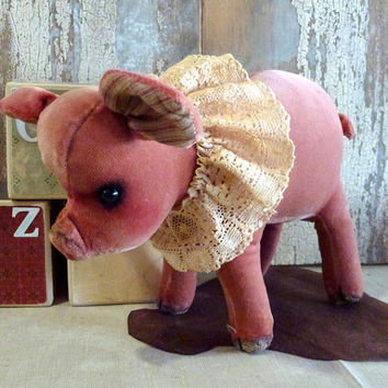 MADE TO ORDER. Vintage Velvet Pig: vintage style, soft sculpture animal, artist bear. Perfect for a little (or big!) child's bedroom!