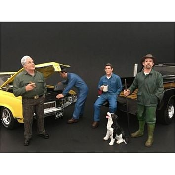 Mechanics, Customer and a Dog 5 Piece Figure Set For 1:24 Scale Models by American Diorama
