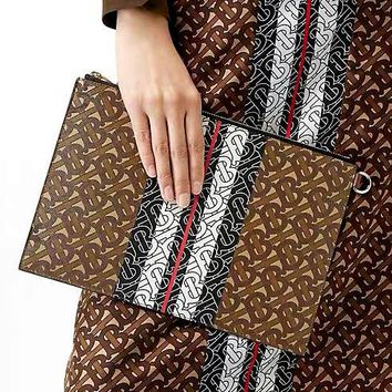 Burberry Monogram 2019 new printed zip clutch