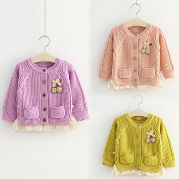 New Spring Autumn Baby Girl's Knitted Sweater of 2015 Girls Long Sleeve beautiful button Cardigan coat Baby Clothing Sweaters