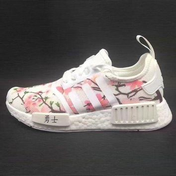 PEAPGE2 Beauty Ticks Adidas Nmd Boost Women Cherry Blossoms Running Sport Casual Shoes Sneakers