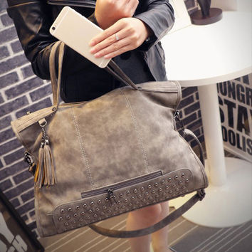 Womens Chic Punk Large Leather Shoulder Rivets Handbag Messenger Motorcycle Bag Crossbody Gift