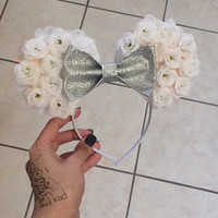 Floral white minnie ears silver bow