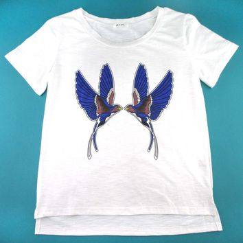 Swallow Love Birds Tattoo Inspired Graphic Print T-Shirt in White | DOTOLY