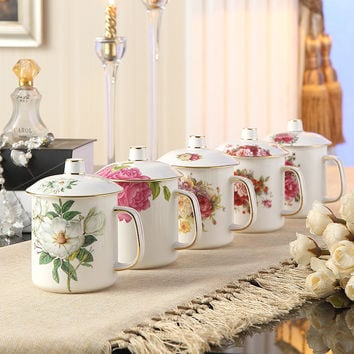 Select Classical Bone China Tea Mug with Lid Spoon Ceramic Porcelain Travel Coffee Mug Tumbler for Teatime