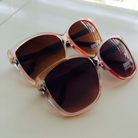 Clear Color Around Frames Sunglasses
