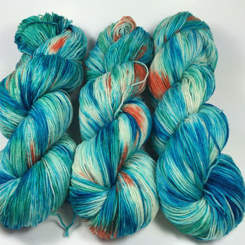 SALE, BFL Sock, 100 grams, Color, One Fish Two Fish, Hand Dyed Yarn, superwash bfl, sock yarn, bfl, Bluefaced Leicester, summer yarn