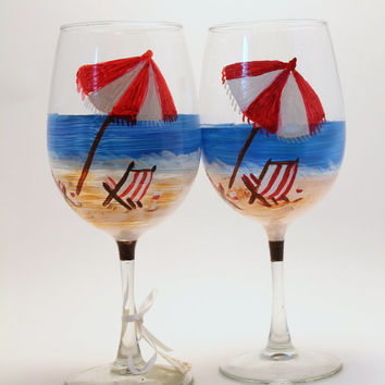 Hand Painted Beach Wine Glass, beach chair, umbrella Perfect for beach Wedding