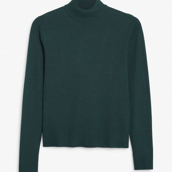 Long sleeved turtleneck - Forest green - Knitwear - Monki DK