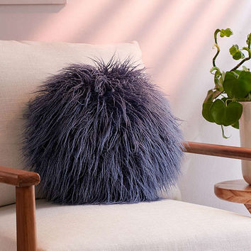 Willow Faux Fur Round Pillow | Urban Outfitters