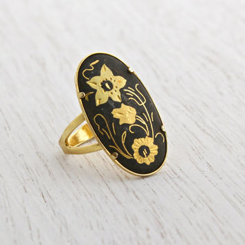 Vintage Damascene Flower Ring - 1960s Adjustable Gold Tone Statement Oblong Oval Costume Jewelry / Gilded Etched Floral Design