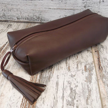 Brown Leather  Dopp Kit, Pencil Case, Toiletry Bag, Make Up Case, Travel Case, Medicine Pouch, Cosmetic  Pouch , Italian Leather