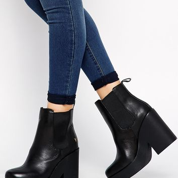 Windsor Smith Speck Chunky Heeled Chelsea Boots at asos.com