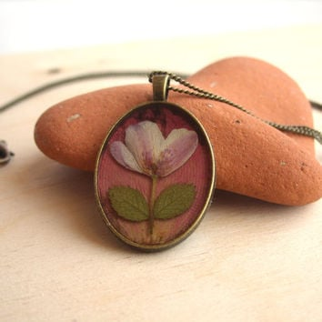Real flower necklace - Pink wood anemone flower on red rose petal - Pressed flower jewelry - Nature inspired necklace - Botanical pendant