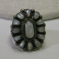 Vintage Sterling Silver Zuni MOP Petit Point Ring, Marie Basselente, size 5.5, 3.46 grams.