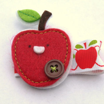 red apple felt clippy- back to school hair- cute hair clips