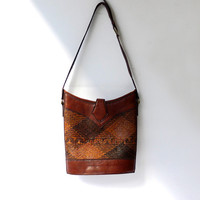 Vintage 1980s Indonesian leather and woven straw shoulder bag