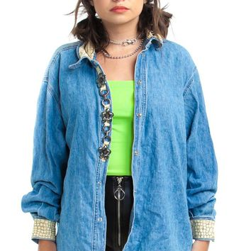 Vintage 90's Snake in the Daisies Denim Jacket - One Size Fits Many