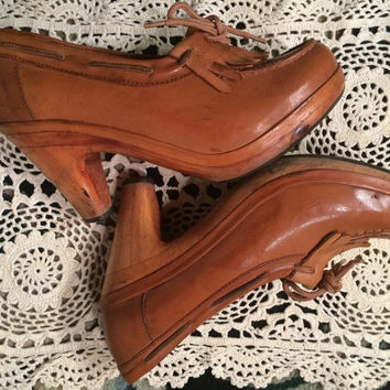 TRUE vintage  Brown Leather Wood Platform Clogs Mule Shoes wooden heels shoes