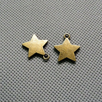 4x Making Jewellery Supply Pendant Retro Keyrings Jewelry Findings Charms Schmuckteile Charme 4-A1278 Five-pointed star