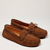 Minnetonka Suede Driving Moc | American Eagle Outfitters