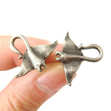 Realistic Stingray Sea Animal Stud Earrings in Silver | Animal Jewelry