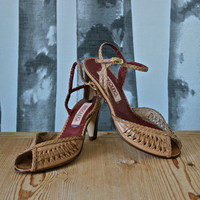 Vintage Shoes 1970's/80's Bandolino Tan Leather Woven Sexy Peep Toe Heels size 5.5