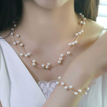 White Imitation Pearl Necklace --Chain Rose Gold Plated