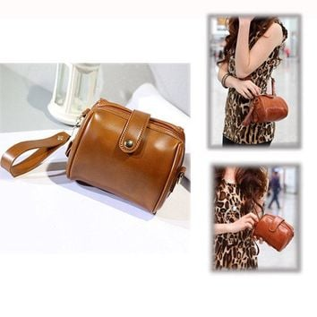Women Bright PU Leather Clutches Bags Coin Bags Vintage Wristlet Wallets