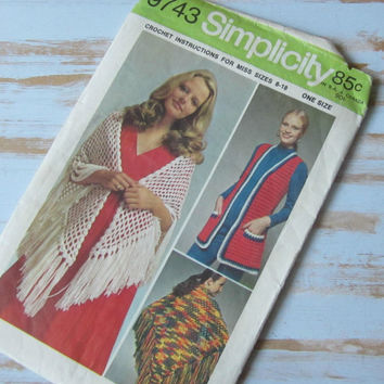 Crochet Shawl with Fringe , Fishnet Shawl , Crochet Vest 70s Sewing Pattern One Size 8-18 Simplicity #9743