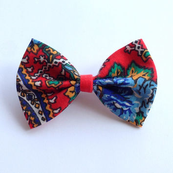 Red Blue Green and Yellow Paisley Vintage Fabric Hair Bow on Alligator Clip - 3 Inch Wide