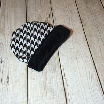 Kids' Slouchy Beanie Hat -Houndstooth Fleece