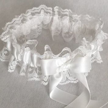 White Lace Wedding Garter, Prom Garter, Bridal Garter, Weddings, Bridesmaid Gift, Homecoming Garter, Bridal Gift