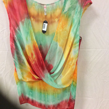 Groovy tie-dye sleeveless top curvy couture plus size