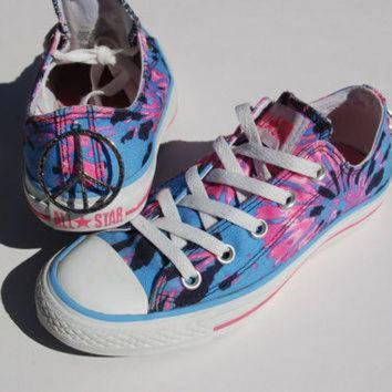 DCK7YE Rare Tie Dye Converse - Blue/Pink/Peace Sign