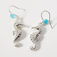 seahorse earrings,beach earrings,aqua seahorse earrings