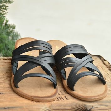 Just Having Fun Sandals - Black