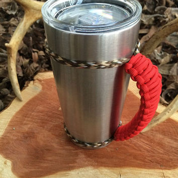 Red/Camo Paracord Yeti 20 oz. Rambler Handle Grip