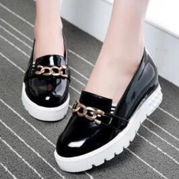 2015 Spring And Autumn Fashion Metal Buckle Japanned Leather Platform Creepers Shoes W