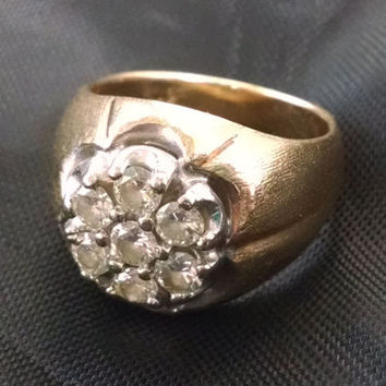 Mens 14K Yellow Gold Diamond Cluster Pinkie Ring Sz 7.5