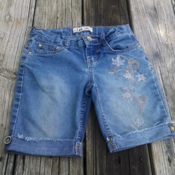 sz 7 Blue Jean Shorts with upcycled buttons - Girls - Handmade by The Hippie Patch