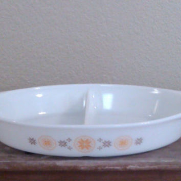 Vintage Pyrex Town and Country Divided Vegetable Bowl, Vintage Kitchen Dish