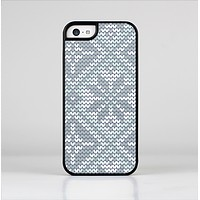 The Knitted Snowflake Fabric Pattern Skin-Sert for the Apple iPhone 5c Skin-Sert Case