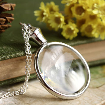 Vintage Style Monocle Necklace - Magnifying Glass Pendant